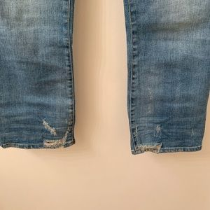 Madewell Jeans - Madewell Cali Demi-Boot Jeans - Bess Wash (Petite)